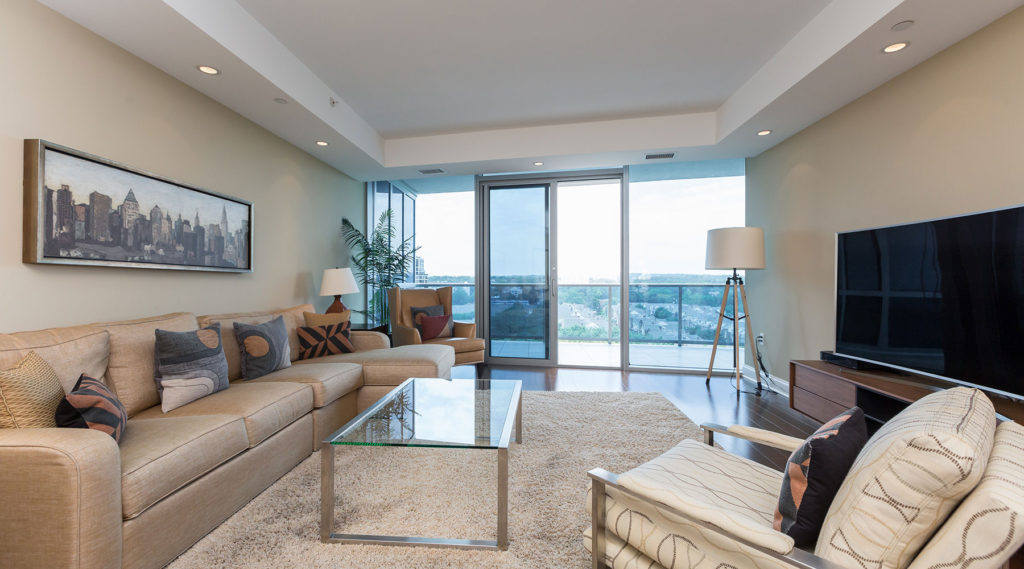 Turnberry Tower - Maxwell Rabin Featured Property